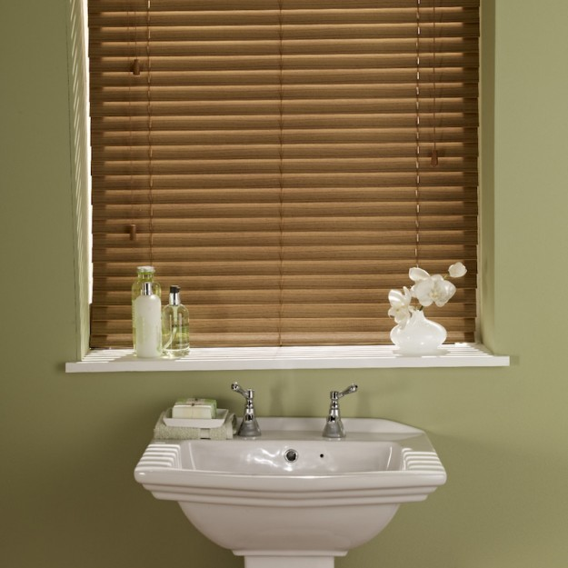 wood blinds for bathrooms